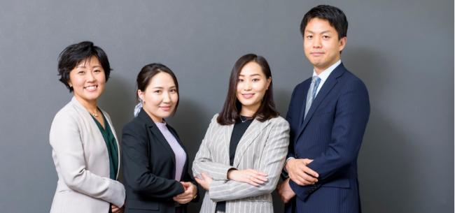 メディアサイト『リスン』に高度海外人材紹介事業部のメンバー紹介記事が掲載されました